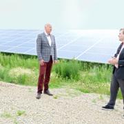 Eröffnung der PV-Anlage in Knetzgau; Bürgermeister Paulus und Geschäftsleiter Manuel Zeller Bosse SÜDWERK